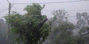 ondeeh-bencana-angin-kencang-di-dharmasraya-rumah-dan-fasilitas-umum-rusak